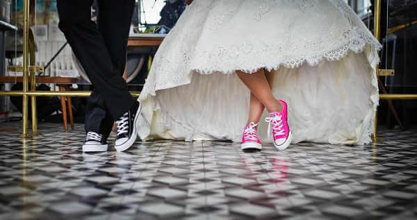 Image cool pour les mariés et sms de félicitations mariage sympa