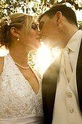 Les mariés font la promesse de s'aimer jusq'à leur dernier jour.